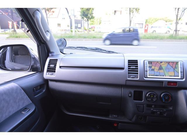 トヨタ ハイエースバン 4WD 2.5DT スーパーGL Rヒーター Rエアコン