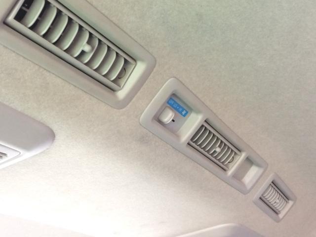 リアエアコンも標準装備です!