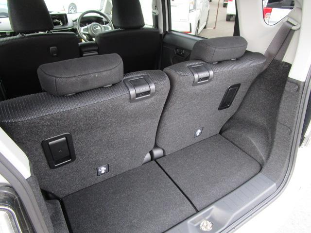 カスタム XリミテッドII SAIII 4WD スマートアシスト LEDヘッドライト LEDフォグランプ プッシュスタート オートエアコン オートライト 運転席シートヒーター アイドリングストップ VSC(横滑り抑制機能) アルミホイール(18枚目)