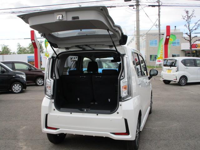 カスタム XリミテッドII SAIII 4WD スマートアシスト LEDヘッドライト LEDフォグランプ プッシュスタート オートエアコン オートライト 運転席シートヒーター アイドリングストップ VSC(横滑り抑制機能) アルミホイール(32枚目)