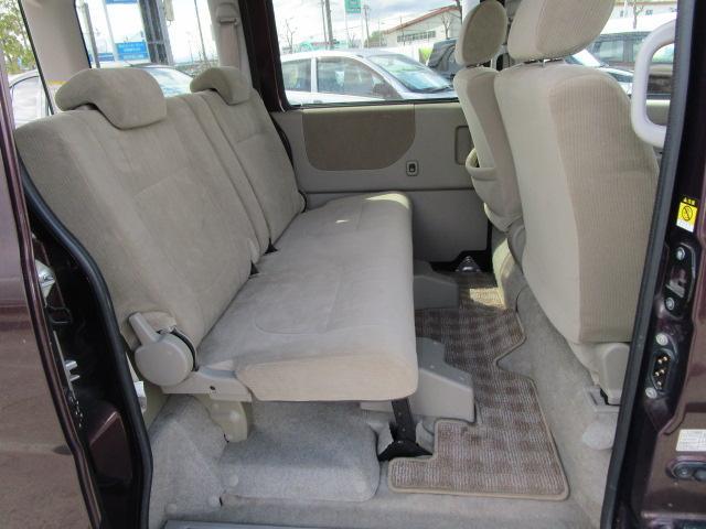 スローパーリヤシート付仕様 4WD 車椅子送迎車 両側スライドドア オートエアコン CDチューナー キーレスエントリー エンジンスターター アルミホイール(14枚目)