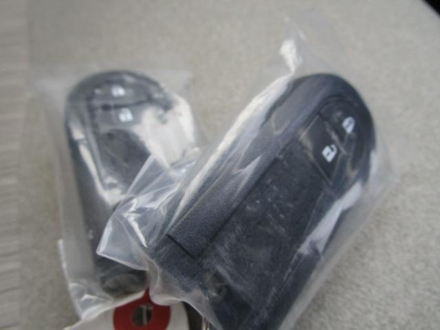 スタイルG VS SAIII 4WD スマートアシスト LEDヘッドライト LEDフォグランプ オートライト オートエアコン プッシュスタート オーディオレス 運転席・助手席シートヒーター VSC(横滑り抑制機能) アイドリングストップ(31枚目)
