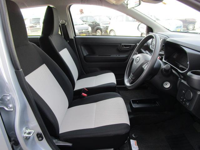 L SAIII 4WD スマートアシスト キーレスエントリー アイドリングストップ CDチューナー デジタルメーター 前後コーナーセンサー VSC(横滑り抑制機能)(13枚目)
