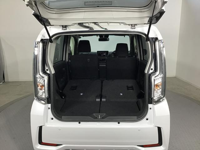 カスタム XリミテッドII SAIII 4WD スマートアシスト LEDヘッドライト アイドリングストップ VSC(横滑り抑制機能) プッシュスタート オーディオレス オートエアコン オートライト 運転席シートヒーター アルミホイール(12枚目)