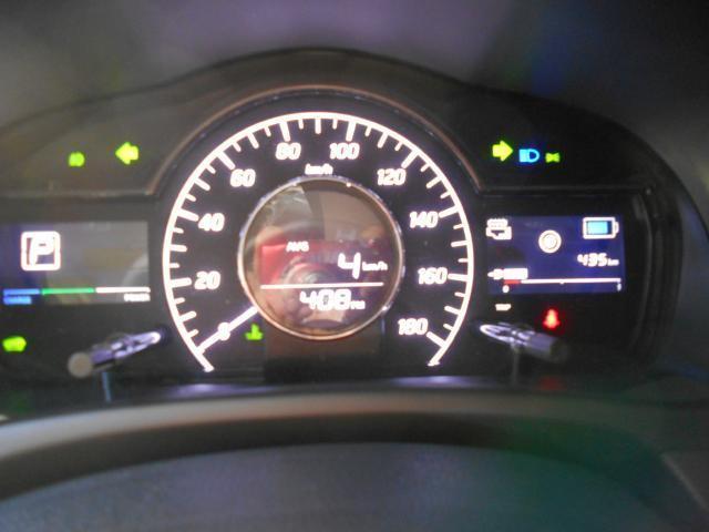 メーター周り  視認性に優れた見やすいメーター♪ 車両の多彩な情報も見やすく表示されます!!