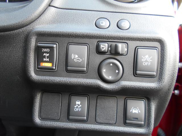 エマージェンシーブレーキ・VDC(横滑り防止)・LDW(車線逸脱防止警報)搭載♪安全面に優れた装備が充実♪