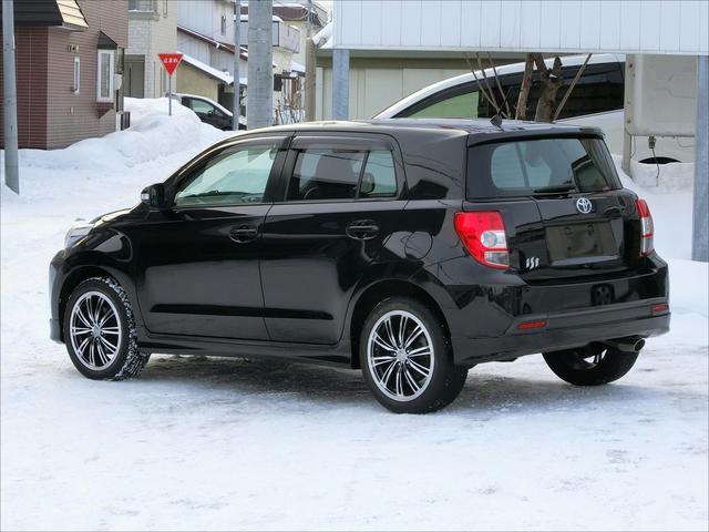 トヨタ イスト 150G 4WD 夏冬タイヤ付き HID