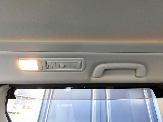 ZR 4WD ワンオーナー車 寒冷地仕様 3列7人乗り フリップダウンモニター コーナーセンサー 両側パワースライドドア クルーズコントロール 純正HDDナビ バックカメラ プッシュスタート ETC AFS(45枚目)