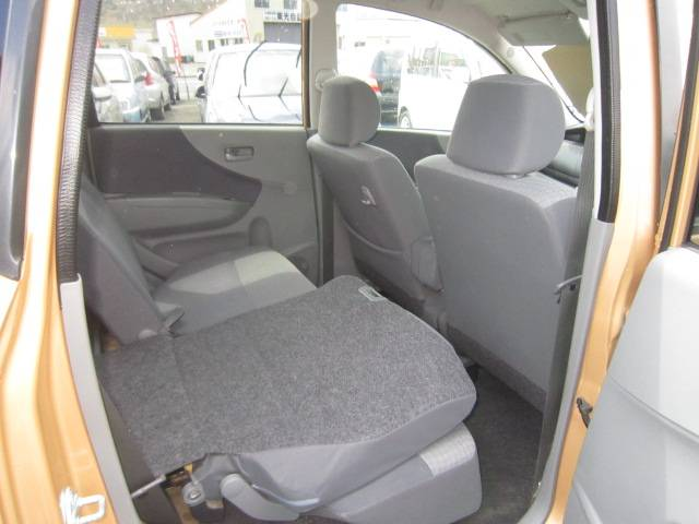 ダイハツ ムーヴ L 4WD インパネ4速オートマ