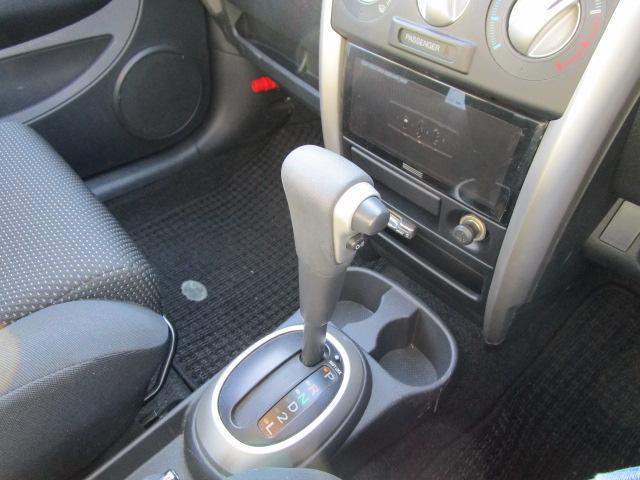 トヨタ イスト 1.5F 4WD オートマ