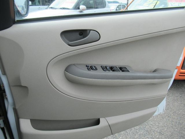 i 4WD CVTオートマ(19枚目)