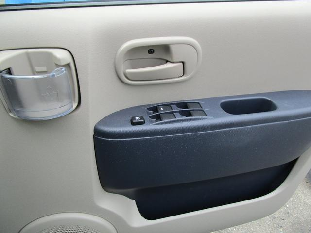 M FF 5速マニュアル CDチューナー キーレス シートヒーター ABS(19枚目)