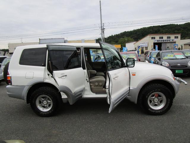 ロング エクシード 3.5L 4WD オートクルーズ バックカメラ リヤヒーター 1ナンバー登録変更可(4枚目)