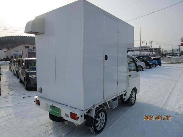 パネルバン 4WD キッチンカー仕様 換気扇 外部コンセント(9枚目)