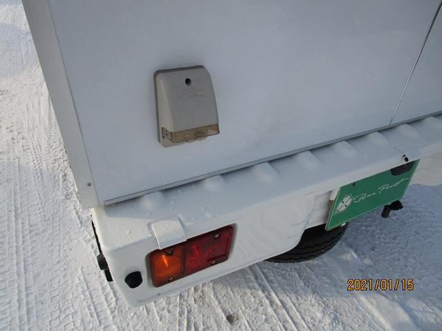 パネルバン 4WD キッチンカー仕様 換気扇 外部コンセント(12枚目)