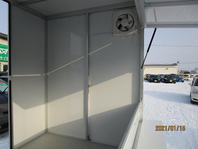 パネルバン 4WD キッチンカー仕様 換気扇 外部コンセント(15枚目)