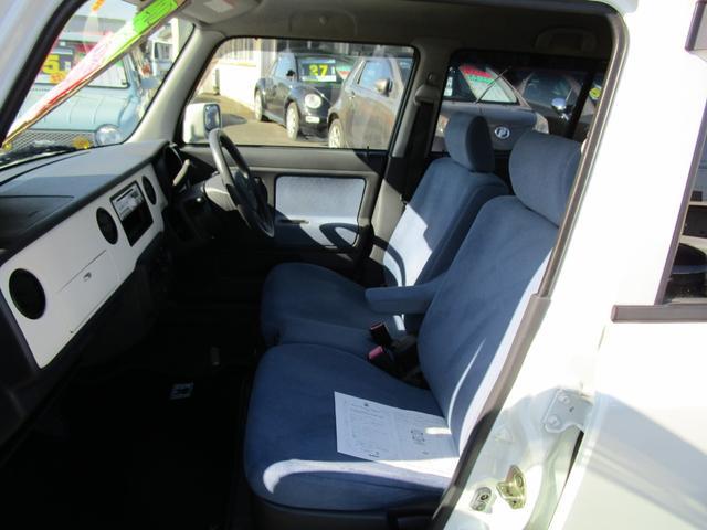 G 4WD シートヒーター シートヒーター CDチューナー キーレス(11枚目)