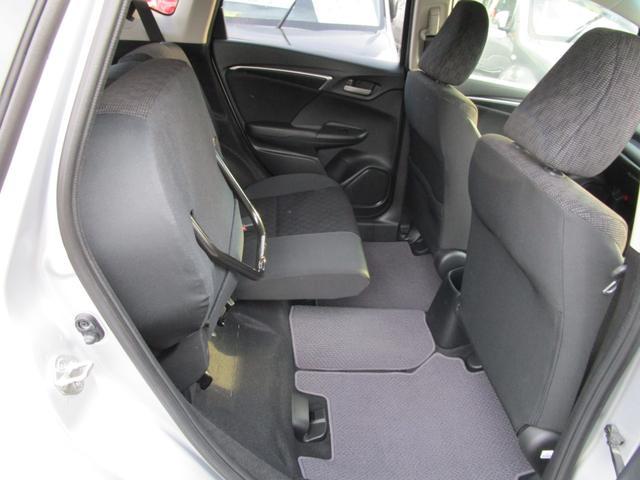 13G・Fパッケージ 4WD メモリーナビ スマートキー プッシュスタート トラクションコントロール アイドリングストップ(16枚目)