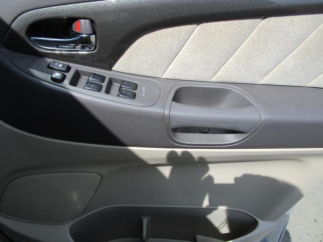 Gエディション 4WD HDDナビ バックカメラ F左サイドカメラ クルーズコントロール(30枚目)