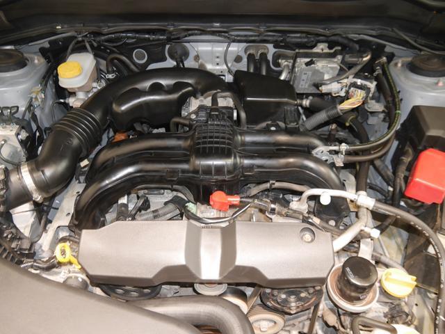 2000ccボクサーエンジン