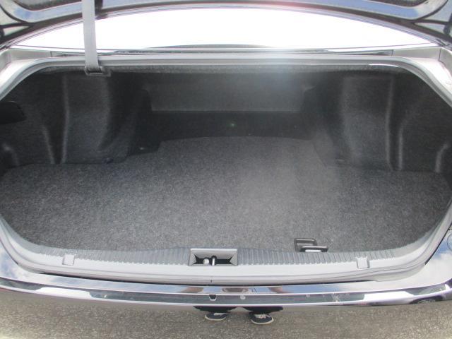 トヨタ クラウン ロイヤルサルーンi-Four 4WD HDDナビ クルコン