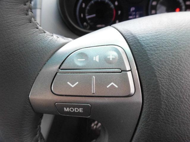 トヨタ マークXジオ 240G 4WD 純正HDDナビ フルセグTV リアカメラ
