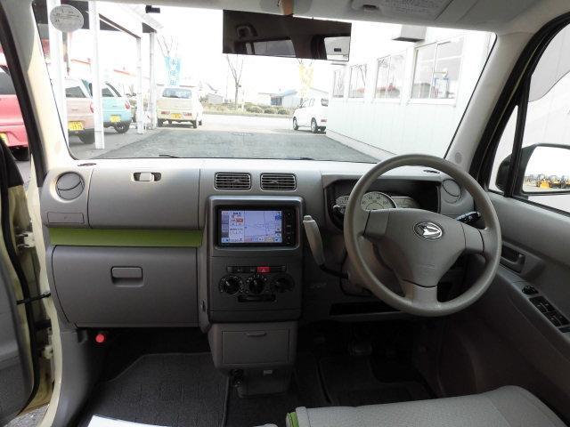 L 4WD エコアイドル ETC 純正SDナビ ワンセグTV(4枚目)