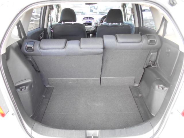 13G・Fパッケージ 4WD キーレス ETC CDデッキ(8枚目)