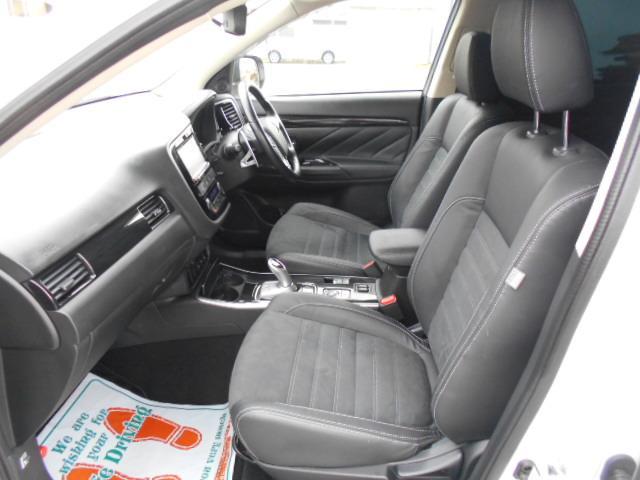 Gセーフティパッケージ 4WD ACコンセント 純正SDナビ(6枚目)
