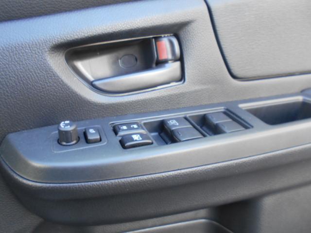 1.6i 4WD キーレス ETC 横滑り防止(9枚目)