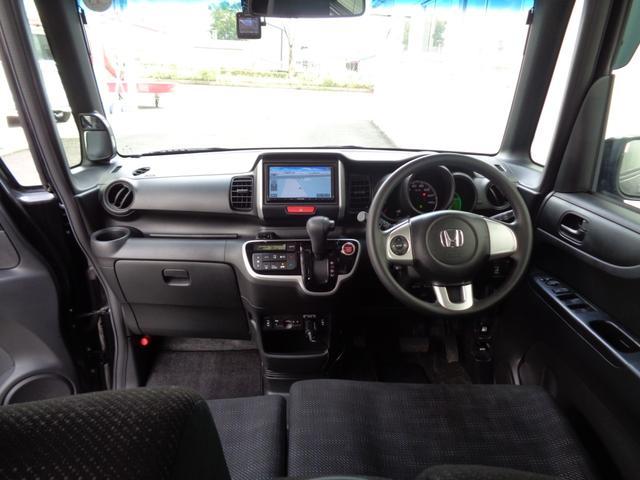 G・Lパッケージ 4WD アイドリングストップ 社外メモリーナビ(3枚目)