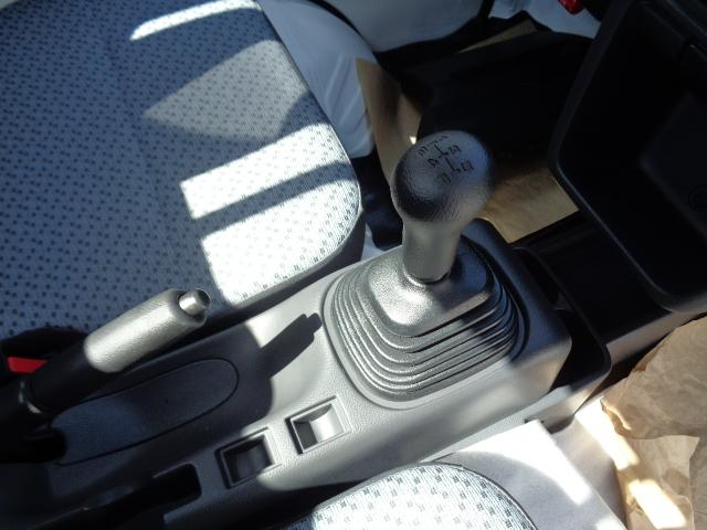 KCエアコン・パワステ 4WD 届出済未使用車(7枚目)