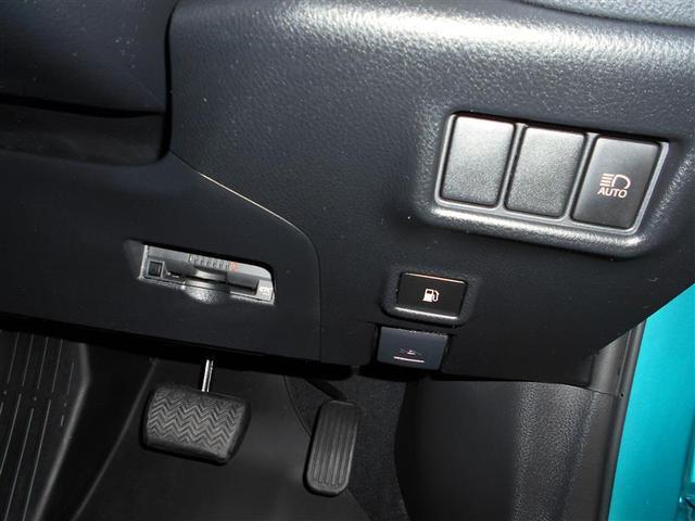 トヨタ C-HR S-T 4WD