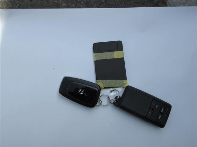 RSアドバンス Four 革シート 4WD フルセグ DVD再生 バックカメラ 衝突被害軽減システム ETC LEDヘッドランプ ワンオーナー フルエアロ アイドリングストップ(15枚目)
