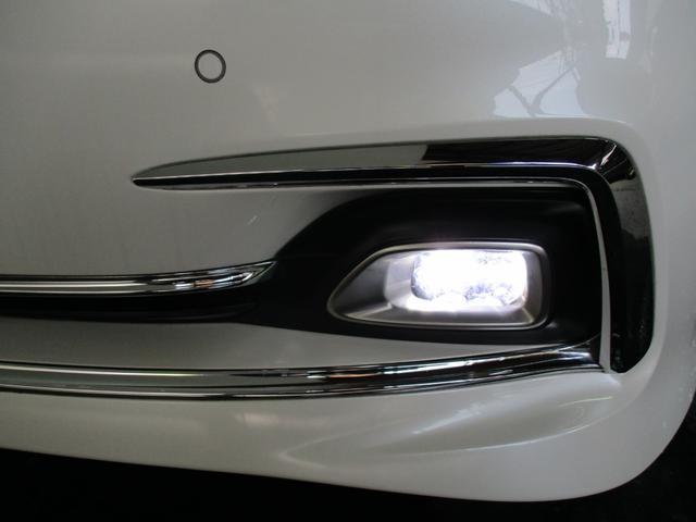 ロイヤルサルーンG Four 4WD LDA PCS BSM(9枚目)