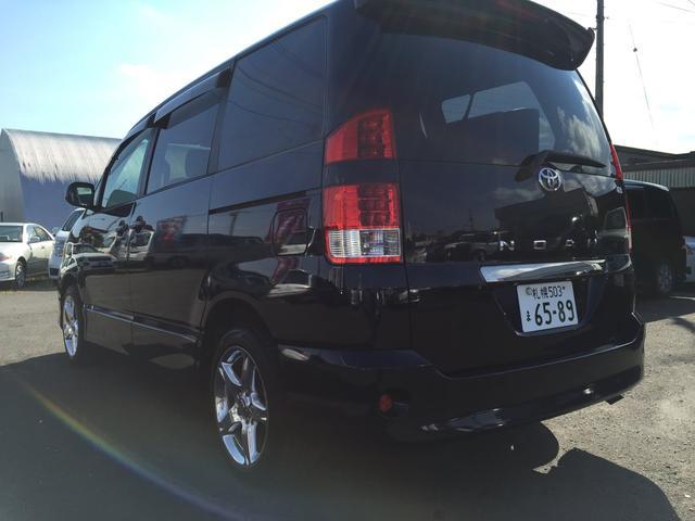 トヨタ ノア S・4WD・キーレス・キセノン・