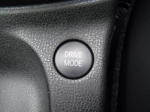 ドライブモードセレクターでお好みの走りを体感できます