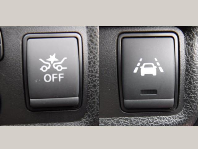 エマージェンシーブレーキで安全装備も付いています(^^)