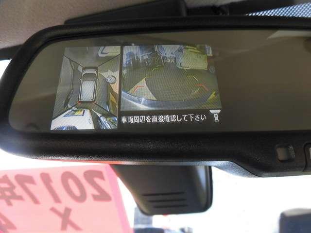 人気のアラウンドビューモニターは車の周囲を前後左右に付いている4つのカメラで上空から見下ろしたような映像を写します★