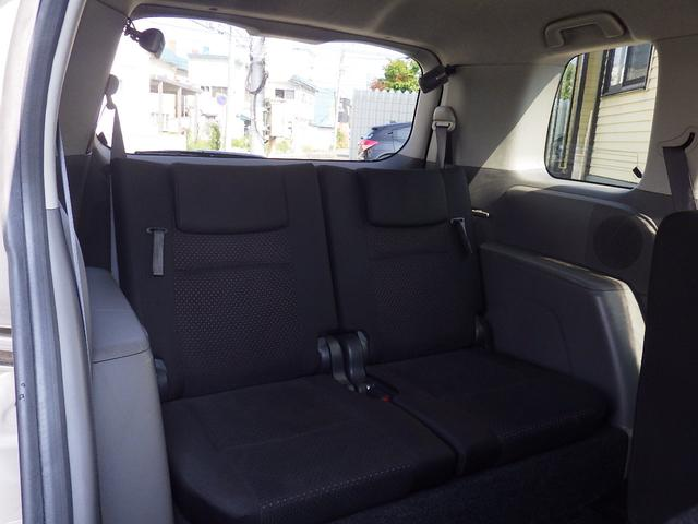 トヨタ アイシス プラタナ   4WD 1年間走行距離無制限無料保証付