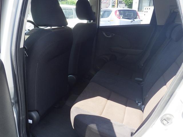 ホンダ フィットシャトル 15C 4WD  ABS キーレス タイヤ付き