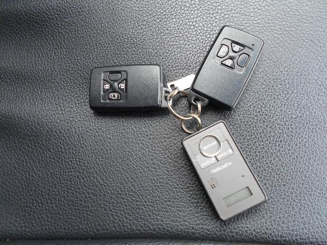 トヨタ エスティマ X 4WD 1年間走行距離無制限保証