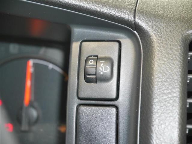 ロングDX 4WD メモリーナビ ミュージックプレイヤー接続可 バックカメラ ETC 乗車定員9人 3列シート ディーゼル(18枚目)