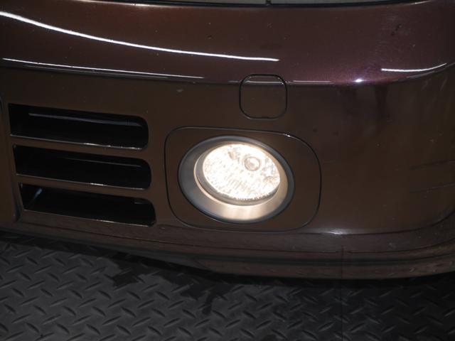 日産 キューブ 14S FOURカガヤキEDプラスナビHDD 4WD