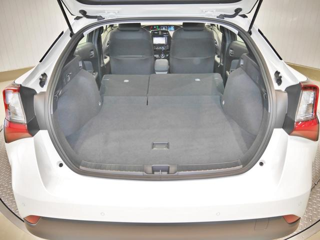 S 4WD トヨタセーフティセンス・メモリーナビ付(6枚目)