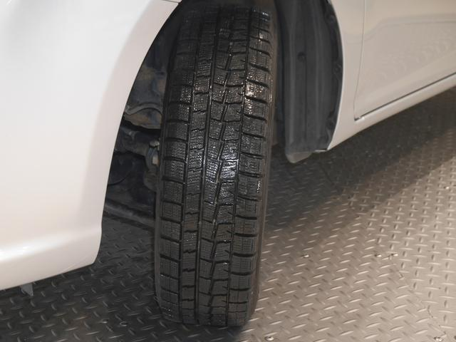 トヨタ カローラアクシオ 1.5X 4WD