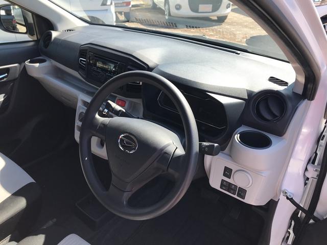X リミテッドSAIII 4WD スマートアシスト LEDヘッドライト アイドリングストップ VSC(横滑り抑制機能) 前後コーナーセンサー デジタルメーター オートライト キーレスエントリー(15枚目)