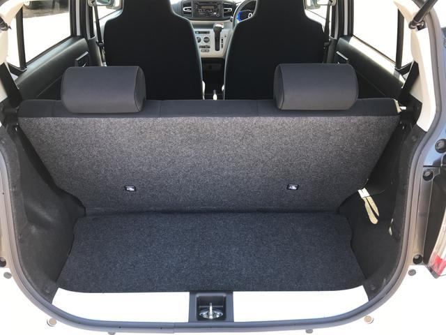 X リミテッドSAIII 4WD スマートアシスト LEDヘッドライト アイドリングストップ VSC(横滑り抑制機能) 前後コーナーセンサー デジタルメーター オートライト キーレスエントリー(17枚目)
