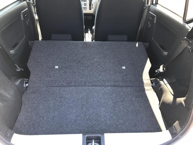 X リミテッドSAIII 4WD スマートアシスト LEDヘッドライト アイドリングストップ VSC(横滑り抑制機能) 前後コーナーセンサー デジタルメーター オートライト キーレスエントリー(18枚目)