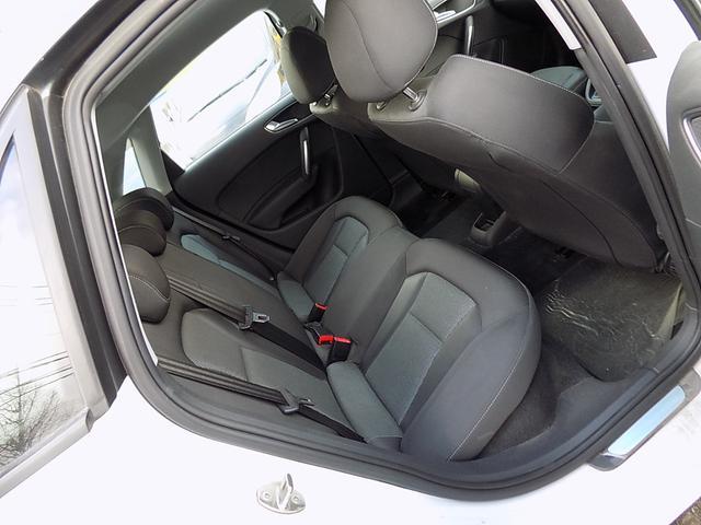 「アウディ」「A1スポーツバック」「コンパクトカー」「北海道」の中古車13